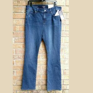 NYDJ  BILLIE Mini Bootcut traveller jeans